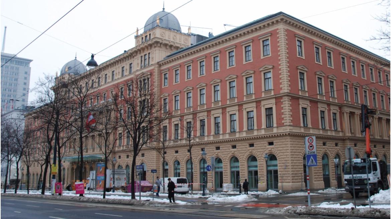 ursa-hotelpalaishansenkempinskiinwien-1493977362.jpg